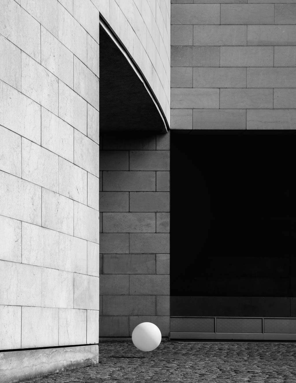 JonasBjerrePoulsen_WhiteSphere_Architectura_Web_1024x1325px